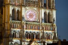 La cathédrale Notre-Dame d'Amiens est inscrite au patrimoine mondial de l'UNESCO. La cathédrale d'Amiens s'impose depuis sa restauration comme la référence dans la découverte de la polychromie des portails gothiques.