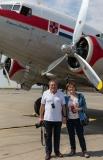 Anne et Jean-Pierre deavant le DC 3