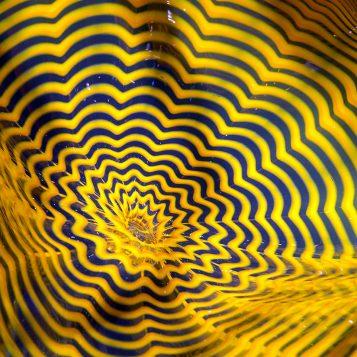Vase en verre soufflé réalisé par Dale Chihuly